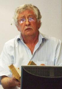 Marek Buś